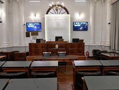 Castrillón impugnó a un fiscal en el Senado